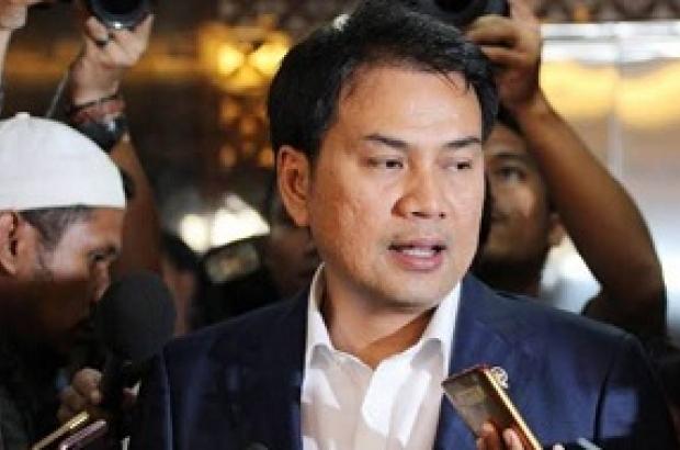 Dongkrak Pendapatan Negara, Azis Syamsuddin Dukung Penggunaan Materai Rp.10 Ribu