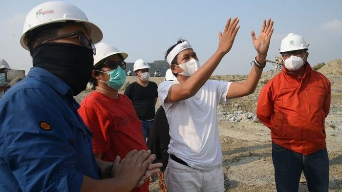 Gunung Sindanggeulis Purwakarta Terbelah, Dedi Mulyadi Ingatkan Para Penambang Tidak Mendekat
