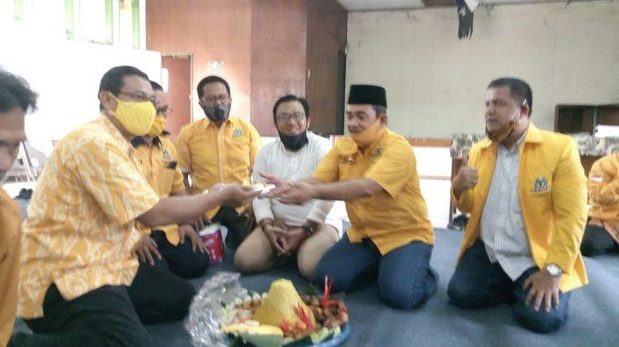 Rayakan HUT Ke-56, Kader Golkar Kota Bekasi Doa Bersama di Kantor DPD Lama di Ahmad Yani