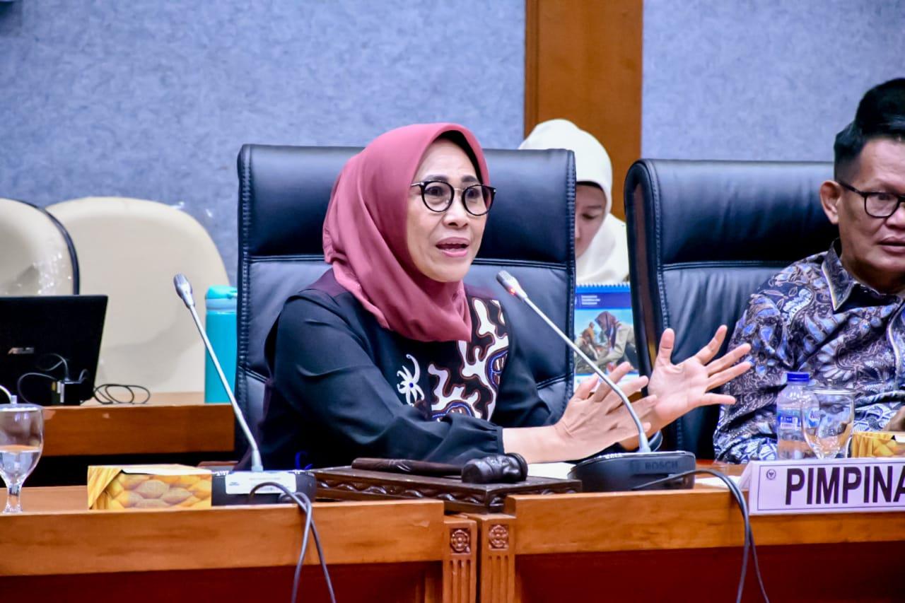 Sejahterakan Tenaga Pendidik, Hetifah Dukung Revisi Pengaturan PAUD Dalam UU Sisdiknas