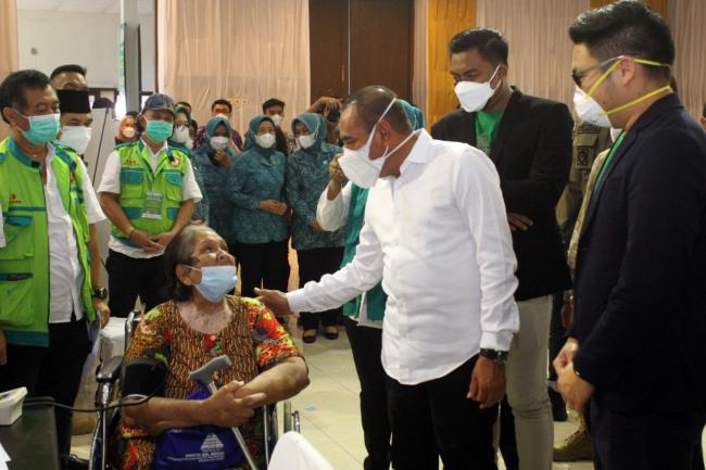 Gubernur Edy Rahmayadi Lantik Wakil Walikota Binjai Rizky Yunanda Sitepu