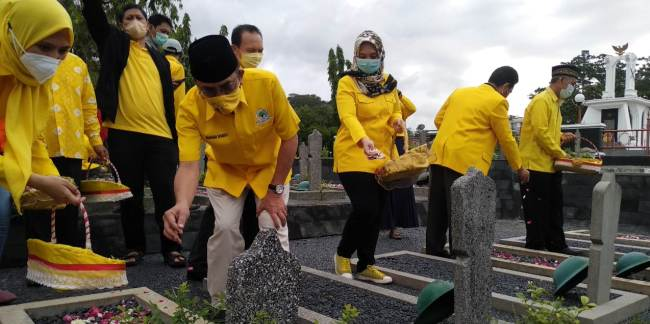HUT Ke-56, Panggah Susanto Ajak Kader Golkar Jateng Lebih Peduli dan Berbagi Pada Masyarakat