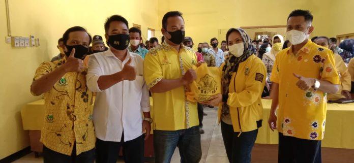 Padmasari Mestikajati Bagikan 4.000 Paket Sembako Untuk Simpatisan dan Pengurus Golkar se-Blora