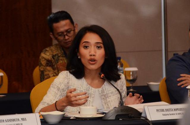 Puteri Komarudin Dukung Pemerintah Beri Relaksasi Angsuran dan Subsidi Kredit KUR Untuk UMKM