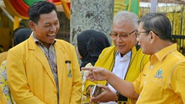 Besan Jokowi, Doly Sinomba Daftar Balon Bupati Tapsel di Golkar