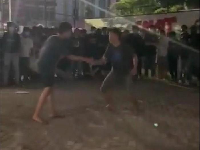 Andi Rio Idris Padjalangi Apresiasi Polda Sulsel Cepat Tangkap Para Pelaku Tarung Bebas Makassar