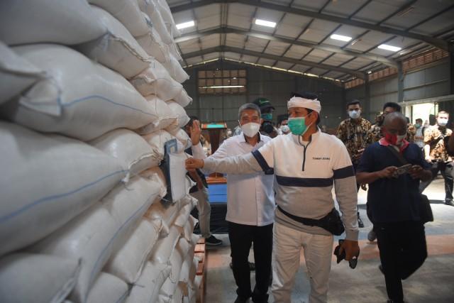 Dedi Mulyadi Dukung Langkah Bulog Laporkan Temuan Kasus Beras Plastik di Purwakarta