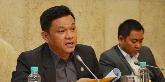 Gantikan Ade Barkah Surahman, Ace Hasan Didapuk Jadi Plt Ketua Golkar Jabar