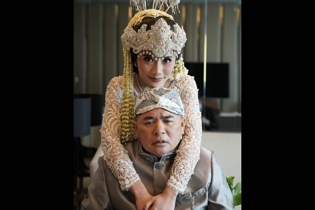 Ayahanda Stroke, Puteri Komarudin Curhat Minimnya Infrastruktur Penunjang Disabilitas