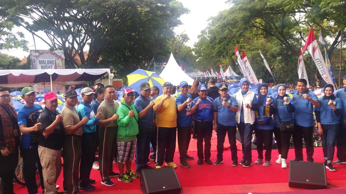 Ridwan Hisjam Partisipasi Dalam Gerak Jalan Sehat Arema Sadar Pajak