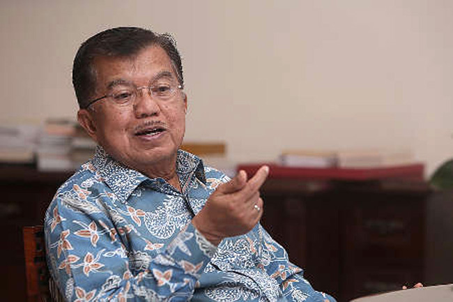 Siapa Caketum Golkar Pilihan Jusuf Kalla, Bamsoet Atau Airlangga?
