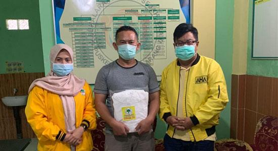 Lawan COVID-19, Golkar Kabupaten Sukabumi Salurkan APD ke 59 Puskesmas