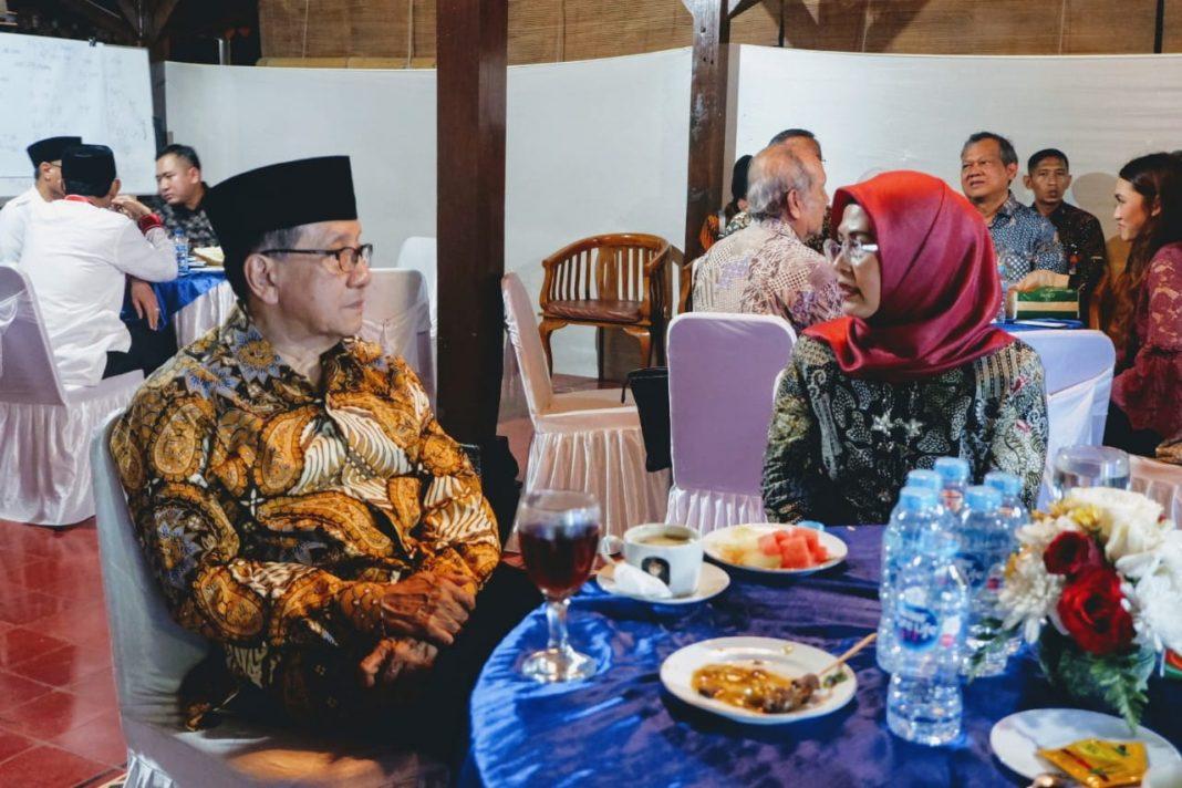 Akbar Tandjung Restui dan Doakan Siti Nur Azizah Jadi Walikota Tangsel