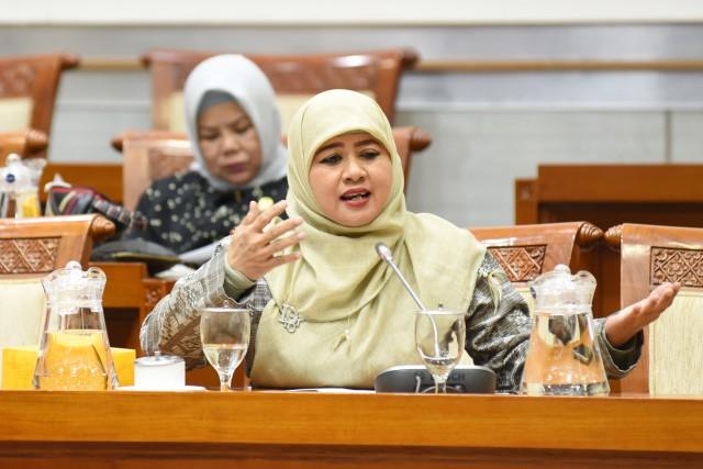 Endang Maria Astuti Minta Kemensos Perkuat Program Rehabilitasi Pasca Bencana
