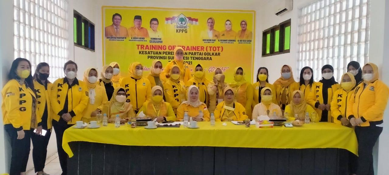 Persiapkan Caleg Perempuan Yang Mumpuni di Pilkada 2024, KPPG Sultra Gelar TOT