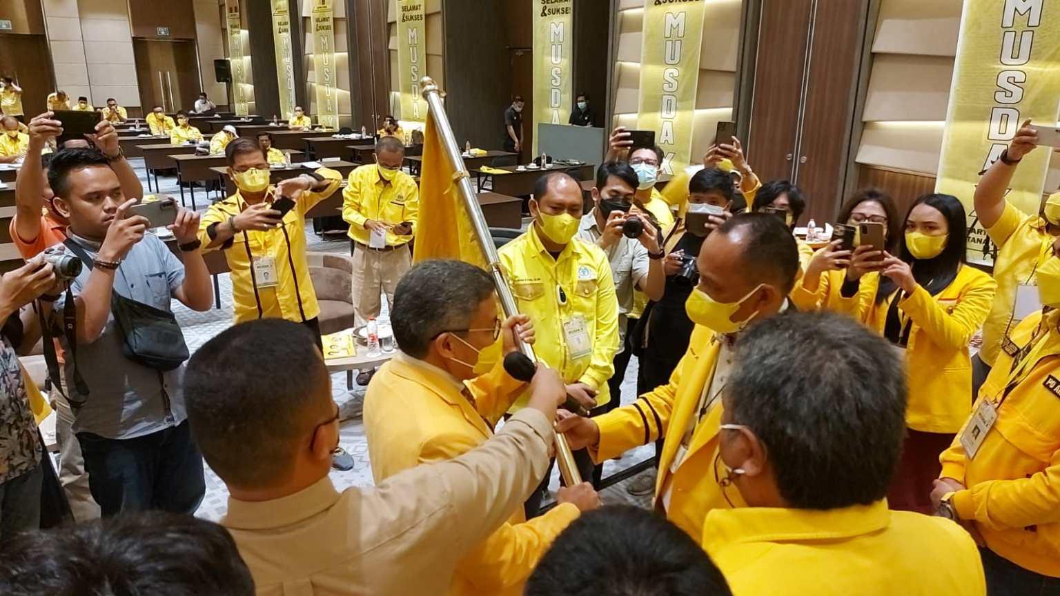 Taufan Pawe Minta Victor Datuan Batara Rebut 10 Kursi DPRD Tana Toraja