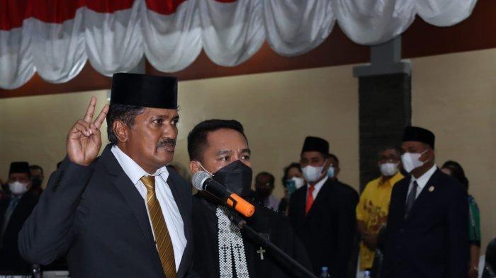 PAW Rasip Sahubawa, Izaac Sitaniapessy Resmi Dilantik Jadi Anggota DPRD Maluku Tengah