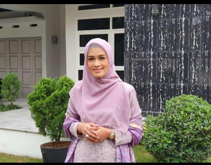Karmila Sari, Nama Legislator Cantik Yang Kian Menguat Pimpin Golkar Rohil