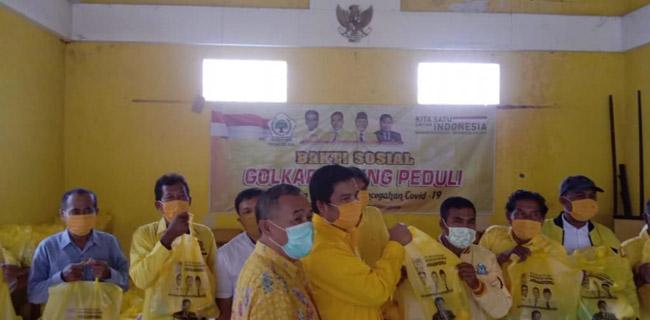 Golkar Batang Salurkan 1000 Paket Sembako Untuk Kader dan Warga Terdampak COVID-19