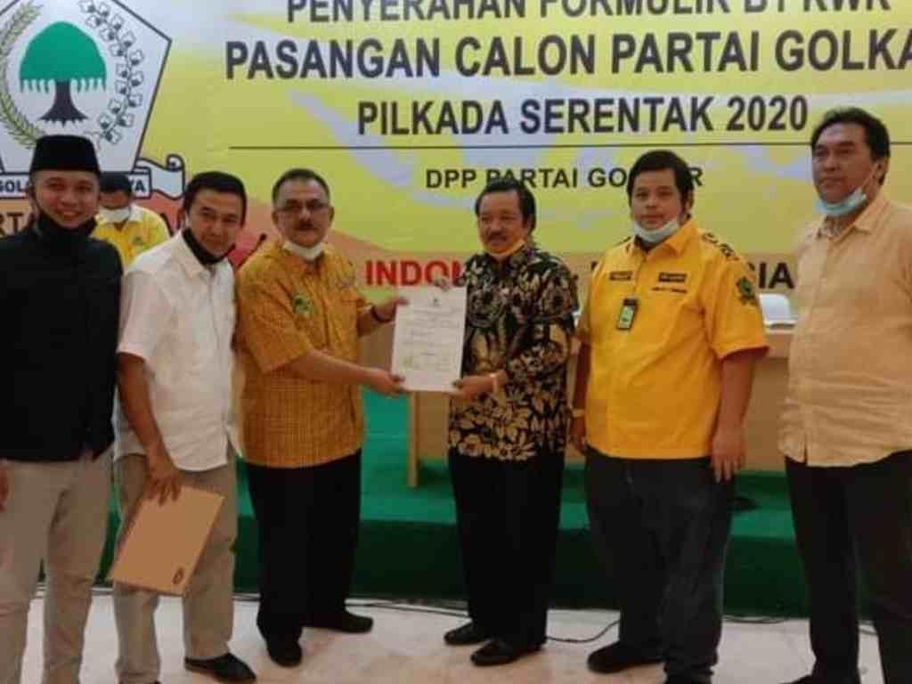 Golkar Resmi Usung Desra Ediwan-Adli di Pilbup Solok 2020