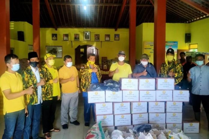 Siswanto Pimpin AMPG Jateng Berikan Bantuan Untuk Korban Bencana di 5 Kabupaten/ Kota