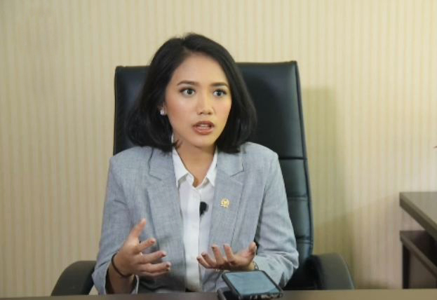 Dukung Ketahanan Anak Lawan Pandemi, Puteri Komarudin Dukung Vaksinasi Anak 12-19 di Karawang