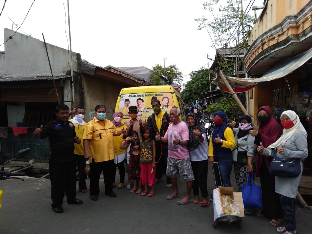 Relawan Golkar Jakut Semprot Disinfektan Puluhan Masjid di Cilincing, Koja, Kelapa Gading