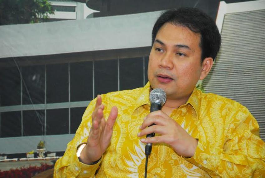 Profil Aziz Syamsuddin, Wakil Ketua DPR RI Dari Partai Golkar
