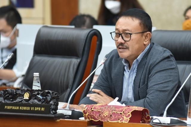 Gde Sumarjaya Linggih: Negara Tidak Boleh Kalah Oleh Cukong!