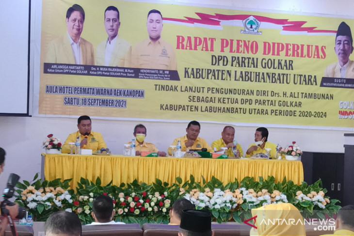 Ali Tambunan Mundur, Hendriyanto Sitorus Jadi Plt Ketua Golkar Labura