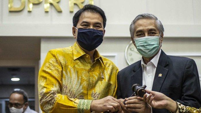 Azis Syamsuddin Sesalkan Kaburnya Napi Narkotika Dari Lapas Kelas III Palu Yang Over Kapasitas