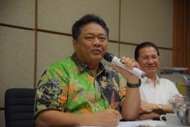 Ridwan Hisyam Minta Pemprov Jateng Kembangkan PLTS Yang Lebih Ramah Lingkungan