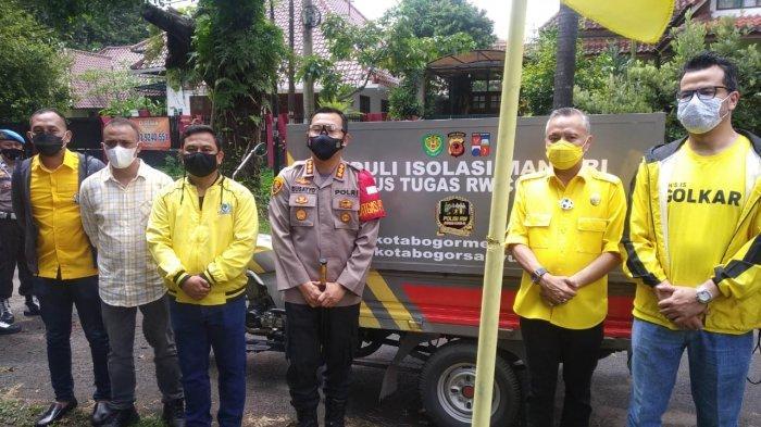Tauhid J Tagor Pimpin Kader Golkar Kota Bogor Kirim 200 Paket Sembako Untuk Warga Yang Isolasi Mandiri