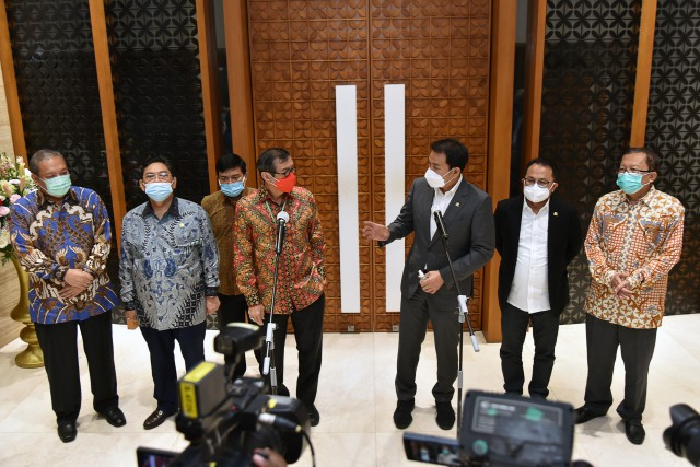 Gandeng Menkumham Yasonna, Azis Syamsuddin Bahas Pelibatan TNI Dalam Penanganan Teroris