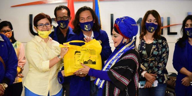 Nurul Arifin dan Meutya Hafid Salurkan Paket Sembako Untuk Pekerja Seni dan Insan Perfilman