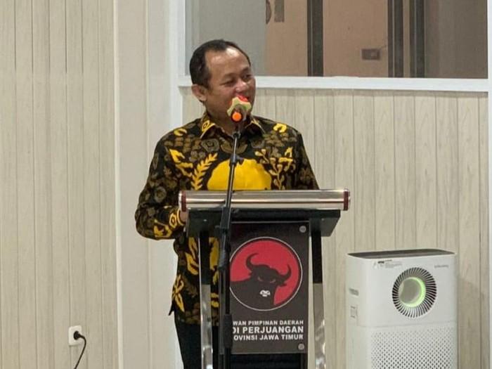 Sambangi Kantor PDIP Jatim, Sarmuji Ajak Kolaborasi Bantu Khofifah-Emil Bangkitkan Ekonomi Rakyat