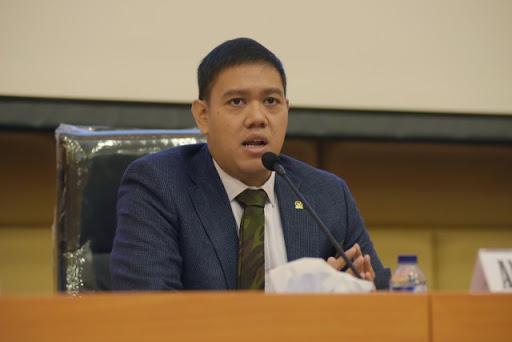 Insiden Tank TNI Tabrak Motor dan Gerobak, Dave Laksono Desak Investigasi Mendalam