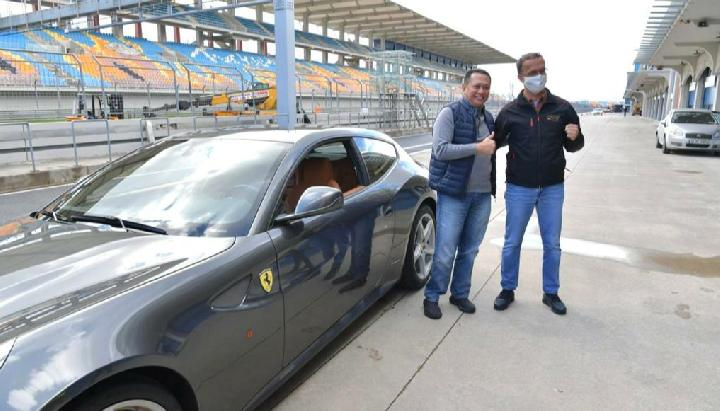 Tunggangi Ferrari, Bamsoet Jajal Sirkuit F1 Istanbul Park Turki