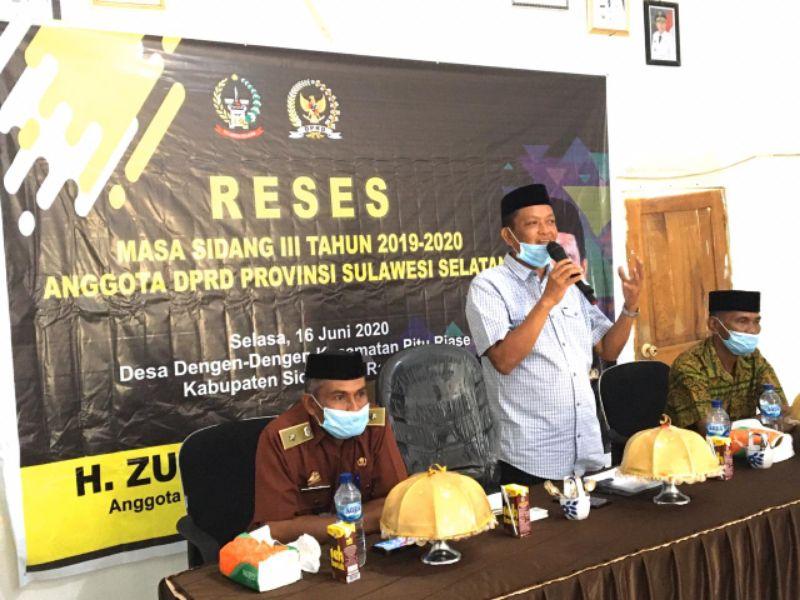 Reses di Macinnae, Zulkifli Zain Serap Aspirasi Sambil Bagi Bibit Durian