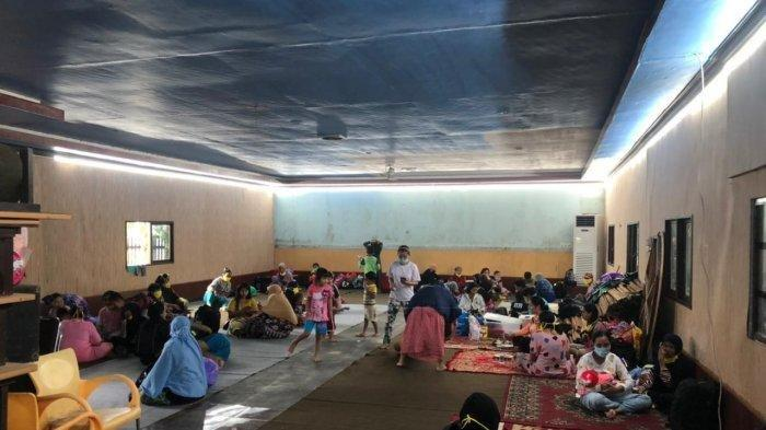 Ketua DPRD Supian HK Jadikan Rumah Pribadinya Posko Pengungsian Korban Banjir Kalsel