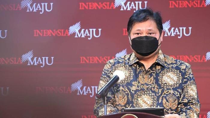 Airlangga Perpanjang PPKM Mikro di 20 Provinsi Hingga 19 April 2021