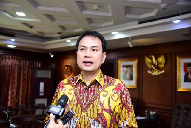 Azis Syamsuddin Minta Deradikalisasi Digalakkan Lagi di Sekolah dan Lembaga Dakwah Islam