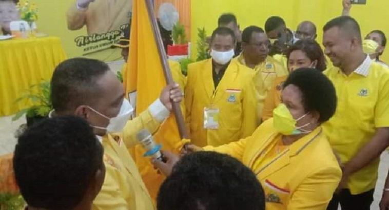 Ketua DPRD Petronela Kambuaya Terpilih Aklamasi Pimpin Golkar Kota Sorong