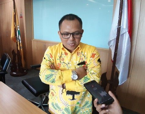Honorer Disuruh Masuk Got, Basri Baco Tuding Lurah Jelambar Sok Berkuasa Gaya Kolonial