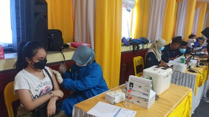 AMPG dan KPPG Gelar Vaksinasi di Kantor Golkar Kalsel, Targetkan 350 Warga Sekitar
