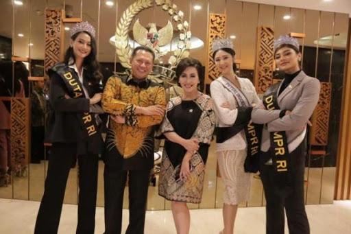 Bamsoet Resmi Angkat 6 Besar Puteri Indonesia 2020 Jadi Duta Empat Pilar MPR
