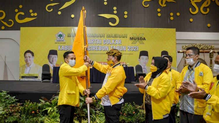 Terpilih Aklamasi, Teguh Rusiana Merdeka Resmi Pimpin Golkar Kabupaten Cirebon