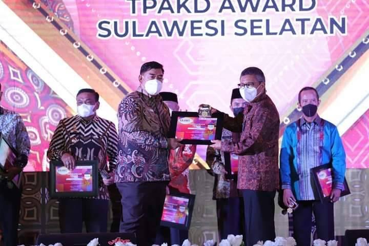 Raih Penghargaan TPAKD Award 2021, Walikota Parepare Taufan Pawe Ajak Sinergi Pulihkan Ekonomi