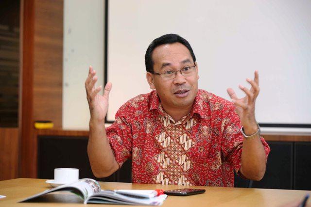 Sebastian Salang Yakin Gagasan Besar Jokowi di Balik Kartu Prakerja