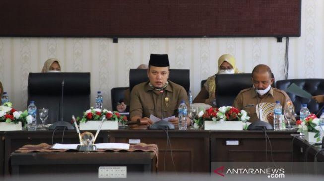Gantikan Yutris Can, Nurnisma Ditetapkan Jadi Ketua DPRD Kota Solok